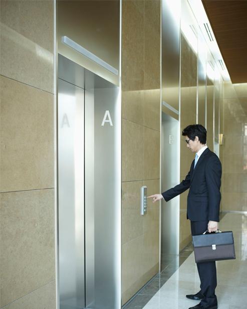 Пассажирские лифты машинного отделения